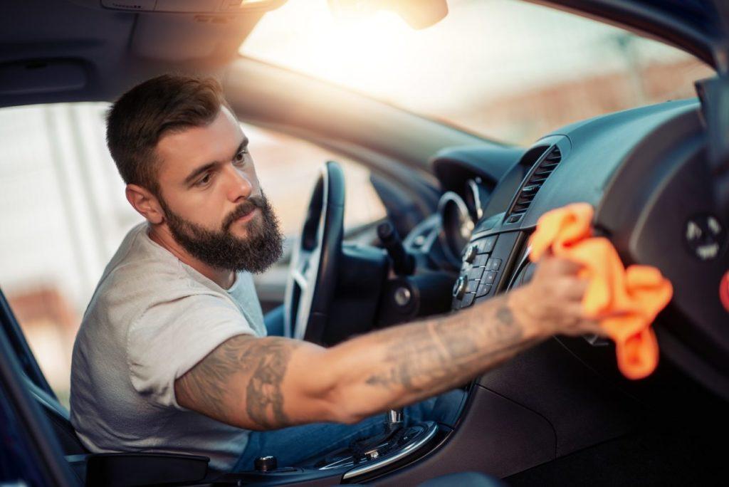 starosltivosť o auto