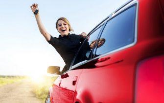 Farba auta hrá úlohu aj v bezpečnosti na ceste